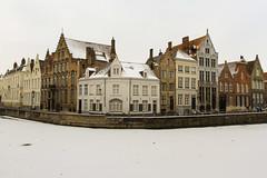 The white house in an icey world - Brugge, Belgium (Dutchflavour) Tags: winter white snow ice canon landscape belgium brugge belgië unesco westvlaanderen 7d bruges 1740mm worldheritage vlaanderen llens