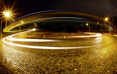 Night Serpentine (C_MC_FL) Tags: vienna wien auto street light motion reflection car yellow night canon photography eos drive austria licht sterreich long exposure fotografie traffic dynamic nacht roundabout trails sigma wideangle fav20 fisheye cobblestone gelb bewegung curve fav30 reflexion verkehr serpentine fahren gettyimages reflektion kurve langzeitbelichtung 10mm weitwinkel kopfsteinpflaster fav10 fischauge strase lichtstreifen fav40 dynamisch 60d hhenstrase