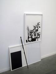 Accésit Fundación Centenera. ABIGAILL AZKOZ, Autorretrato con hueso negro, 2012.