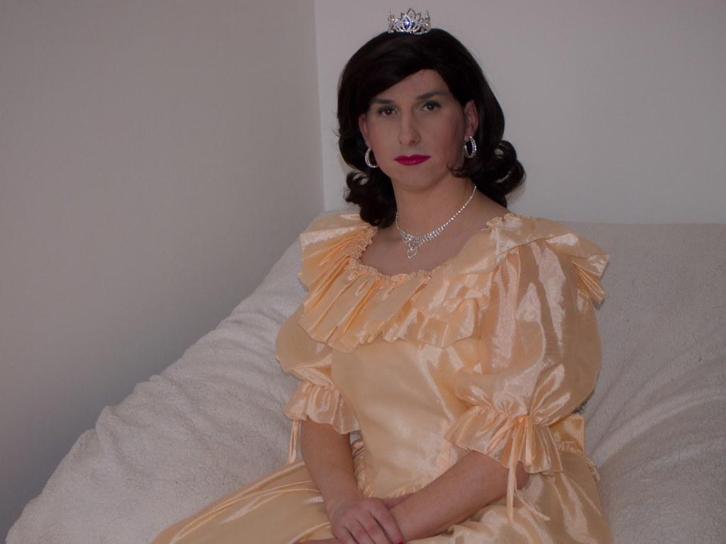 Think, Transvestite evening dress