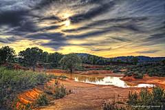 Lago del Hierro (Di Gutti (diegogutierrez79@gmail.com)) Tags: sky sun lake tree sol landscape arbol lago soleil sevilla paisaje seville andalucia sierra hills cielo andalusia hdr siviglia sierranorte cerrodelhierro arvre sevillan sannicolasdelpuerto sevillban