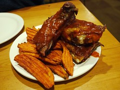Pork Ribs 1/2 Portion w/Sweet Potato Fried (lulun & kame) Tags: usa america colorado telluride americanfood  lumixg20f17 americasfood