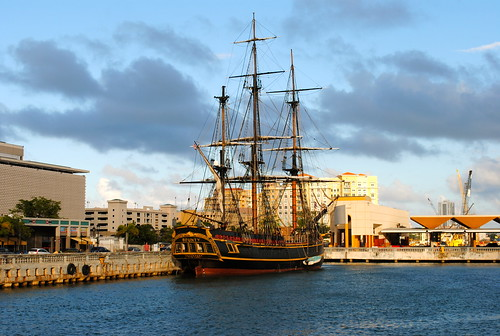 clouds sailboat port harbor ship oldsanjuan puertorico tallship bounty sailingship bountyship