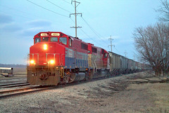 Departing Cruger (BSTPWRAIL) Tags: road railroad america train illinois mixed grain rail railway toledo western freight peoria loads manifest tpw cruger railamerica gp402lw