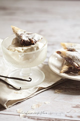 Vanilla ice cream with chocolate-walnut filled triangles (csengedusha) Tags: canon baking sweet chocolate walnut honey icecream vanilla filo phyllo foodphotography bakes studel canonphotography foodography foodstyling