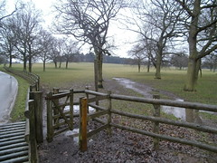 Footpath, Locko Park, Derbyshire (eamoncurry123) Tags: park public derbyshire footpath publicfootpath lockopark locko
