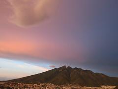 Cerro de la Silla (Nancy Garza H) Tags: airelibre nubes atardecer cielo sky montaa muntain puestadesol monterreynl mxico wow nublado medionublado verano 2016 nube cloud rain lluvia
