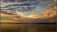 Nostalgia (Fernando Fornis Gracia) Tags: espaa galicia galiza pontevedra bueu radepontevedra atardecer sunset puestadesol paisaje naturaleza mar nubes landscape