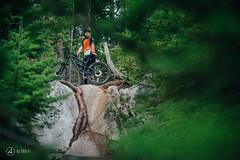 9point8-fallline-post-interbike-shoot-broll-ajbarlas-250816-1487.jpg (a r d o r) Tags: 9point8 ajbarlas ardorphotography fallline falllineseatpost mtb mountainbike mountainbikes philszczepaniak squamish adjustableseatpost