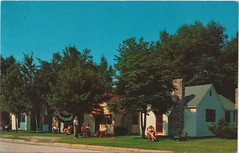 CEN Ludington MI c.1950 Colorful PARK VIEW RESORT COTTAGE COURT Family FUN Vacations Days in Mason County Writer excited about PMRR FERRY Excursion says TERRIFFIC TOILETS ON-BOARD (UpNorth Memories - Donald (Don) Harrison) Tags: vintage antique postcard rppc don harrison upnorth memories upnorth memories upnorthmemories michigan history heritage travel tourism michigan roadside restaurants cafes motels hotels tourist stops travel trailer parks campgrounds cottages cabins roadside entertainment natural wonders attractions usa puremichigan