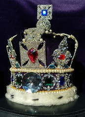 The Imperial State Crown , The Crown Jewels , Tower of London , Great Britain , copy fake faux (chriscarr49) Tags: imperial state crown the jewels tower london united kingdom great britain her majesty queen coronation copy fake faux black princes ruby stuart sapphire edward cullinan 2 ii jewel kohinoor spinel royal replica fakes copies star africa