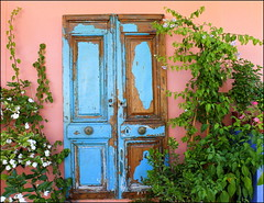 "Old ""blue"" door (maria xenou~photodromos~) Tags: mediterranean greece plants colours griechenland mittelmeer tr blau blue"