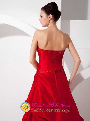Red Plus size wedding gown dresses