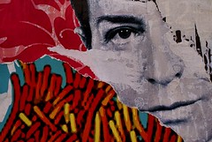 eye... (bruce grant) Tags: lisboa bobi cartazes palimpsesto rasgados faltadefotosnovas