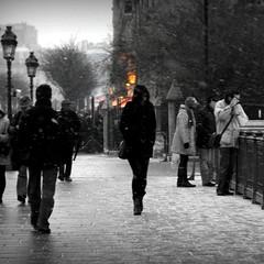 Urban Chronicles  ~  Notre Dame de Paris ~ MjYj (MjYj) Tags: light sunset woman paris beauty silhouette pretty solitude femme notredame amour eden temps espoir silhuet img1639 mjyj urbanchronicles mjyj
