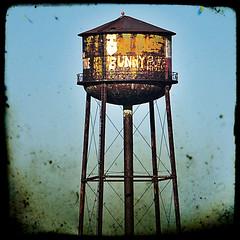 Miss you... (momentos guardados) Tags: newyork water brooklyn agua tank watertower williamsburg nuevayork deposito nikond5000