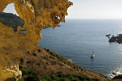 Isolated boat at nejna Bay - Marr - Malta (PascalBo) Tags: nikon d300 malta malte europe nejnabay gnejnabay marr mgarr seascape landscape paysage sea mer outdoor outdoors boat bateau pascalboegli