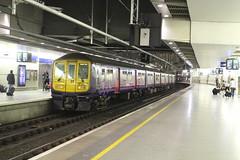 319381 (matty10120) Tags: london st pancras international train railway rail thameslink class 319