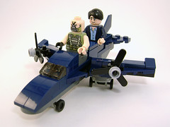Bane & CIA Agent Microfighter (Unijob Lindo) Tags: lego microfighters micro mighty micros bane cia agent operative baneposting batman dc comics dark knight plane lufthansa vehicle minifigs minifigures figure blocks propeller planes blue bain course mask pavel bill wilson rises extremely painful youre big guy for you 4u thats totally joachim low mannschaft 2016 nationalmannschaft meme memes pop culture bat man wacky races