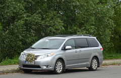 Toyota Sienna (peterolthof) Tags: riga toyota sienna peterolthof