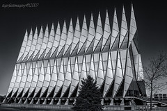 Chapel (Ross Forsyth - tigerfastimagery) Tags: chapel unitedstatesairforceacademy usaf unitedstatesairforceacademychapel coloradosprings colorado 1962 blackandwhite bw architecture usa unitedstates 2007
