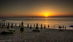servizio fotografico.. (paolotrapella) Tags: sea beach sunset sand umbrellas water newlyweds photo spiaggia mare tramonto sabbia ombrelloni sposi foto acqua