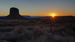 Wrapped in Warmth (dbushue) Tags: sunset arizona nature landscape utah nikon butte desert monumentvalley navajotribalpark coth supershot absolutelystunningscapes damniwishidtakenthat coth5 dailynaturetnc13