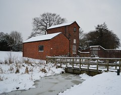 Old engine house in winter (MattSpence156) Tags: wood trees red sky white house snow tree ice water wall canal wooden nikon industrial snowy engine oldhouse brickwall icy woodenbridge frozenwater snowday brickbuilding redbrick snowyday enginehouse earlswood nikond3200 whitesky industrialbuilding earlswoodlakes icywater d3200 snowontheroof snowysky oldenginehouse enginebuilding