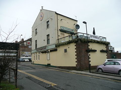 The Strawberry (la fraise) (Terry Wha) Tags: pub toon nufc newcastleupontyne lafraise thestrawberry
