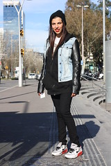 Montse (TaipeiStyle) Tags: barcelona street girl fashion spain taiwan style redlips taipei beanie denimjacket blackhoodie hoopearrings nikesneakers blackjeans leathersleeves arenasmall