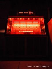 Jukebox waiting () Tags: music night photography lights java washington cool hole state box player retro neighborhood nostalgia nostalgic jukebox local tacoma jive venue bobs watering juke vorona southtacoma
