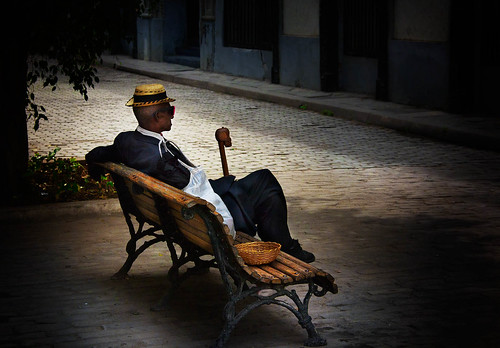 Straw Hat and Basket: A Havana Life
