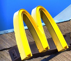 Day 56/365 Yellow Golden Arches (2HandzUp1913) Tags: yellow logo mcdonalds international local global goldenarches mickeyds iconicsymbol