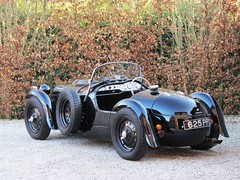 Frazer Nash Le Mans Replica.