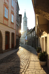 Morning View (Been Around) Tags: street sun sunrise austria march sterreich europa europe travellers eu sonne sonnenaufgang sr obersterreich mrz pflaster aut steyr gasse o upperaustria steyrdorf kirchengasse 2013 brgerspital concordians thisphotorocks visipix bauimage messererhaus messererhaussteyr