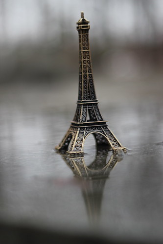 E - Eiffel Tower
