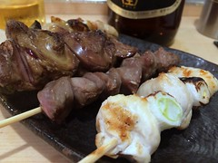 Assorted grilled chicken skewers from Ise @ Kanda (Fuyuhiko) Tags: assorted chicken skewers from ise kanda      tokyo