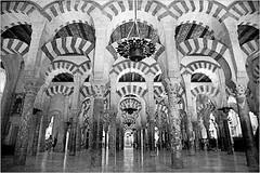 Mezquita-Catedral, Cordoba, Andalucia, Espana (claude lina) Tags: claudelina espana spain espagne andalucia andalousie ville town city architecture cordoba cordoue mezquitactedral cathdrale mosque catedral