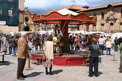 La Ascensin 054 (Jusotil_1943) Tags: laascensin fiestas gente asturianos europa tiovivo madera
