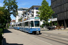 Tram 2000 2052 (V-Foto-Zrich) Tags: vbz zrilinie verkehrsbetriebe zrich tram tram2000 doppeltraktion dt