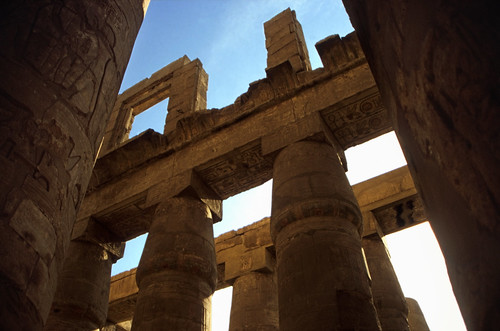 "Ägypten 1999 (343) Karnak-Tempel: Großer Säulensaal im Tempel des Amun-Re • <a style=""font-size:0.8em;"" href=""http://www.flickr.com/photos/69570948@N04/29090967875/"" target=""_blank"">View on Flickr</a>"