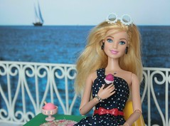 ** It's always a good day to go for a walk to watch the sea and eat a delicious ice cream. ** ( Little Enchanted World ) Tags: barbie dolls photos byme little enchanted world sea walk icecream eat summer delicious 16scale furniture