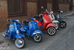 _DSC4552.jpg (Inapapel) Tags: palencia d7200 sigma1750mm colores vespas motos movilidad motorbike moto vintage