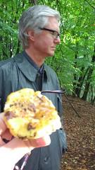Pilz2 (polymorph_2002) Tags: kleppermantel klepper kleppermac mackintosh gummistiefel gummimantel regenmantel wellingtons