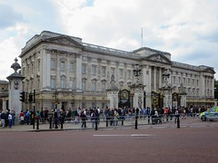 Buckingham Palace (D-Stanley) Tags: buckingham palace london england british monarchy