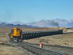 Ferronor, Sector Chacritas. Desierto de Atacama. (DeutzHumslet) Tags: chile train canon gm desert atacama 423 desierto locomotives 415 sx20 425 emd vallenar gr12 ferronor