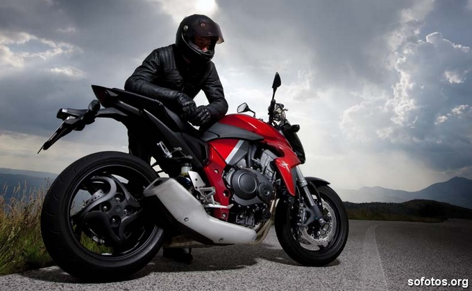 Viagem com a Honda CB 1000R
