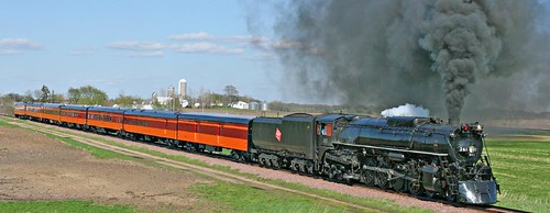 Steam train Milwaukee Road 4-8-4 No. 261 (USA)
