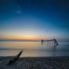 Sunset at Pantai Jeram (Muhammad Hafiz Muhamad) Tags: sunset seascape landscape nikon malaysia kualaselangor selangor waterscape vertorama d7000 pantaijeram mhafiz87 kfgm