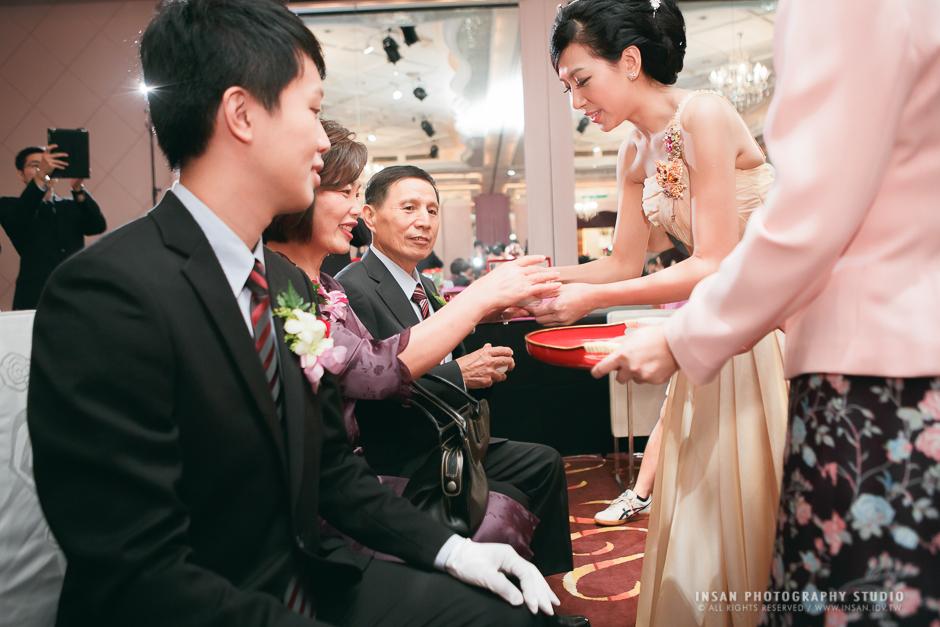 wed20121109_0239